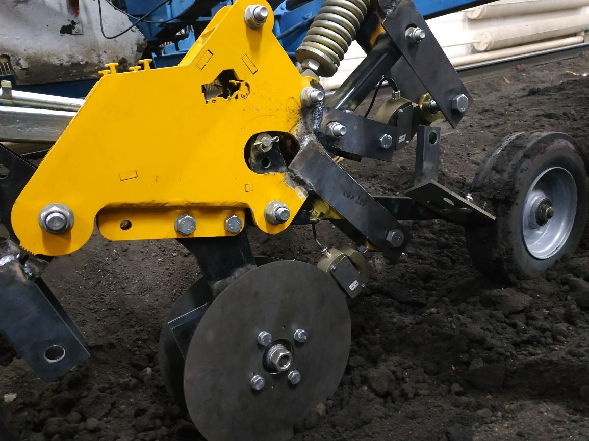 word image 233 Разработка конструктивной схемы и обоснование параметров почвообрабатывающего посевного агрегата с пневматическим высевом семян для тракторов класса тяги 5